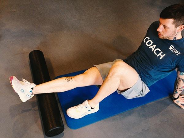 Faszien Training mit der Foam Roll für die Wade