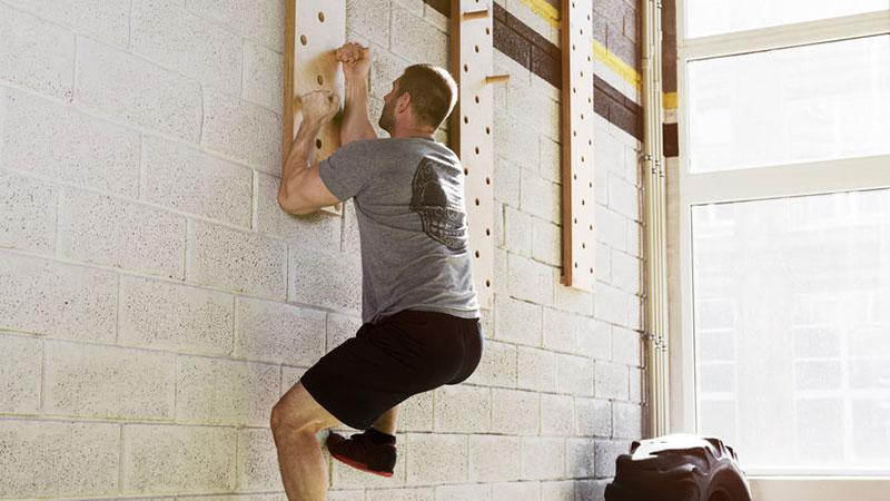 Pegboard fürs Klettertraining und für mehr Core Stability
