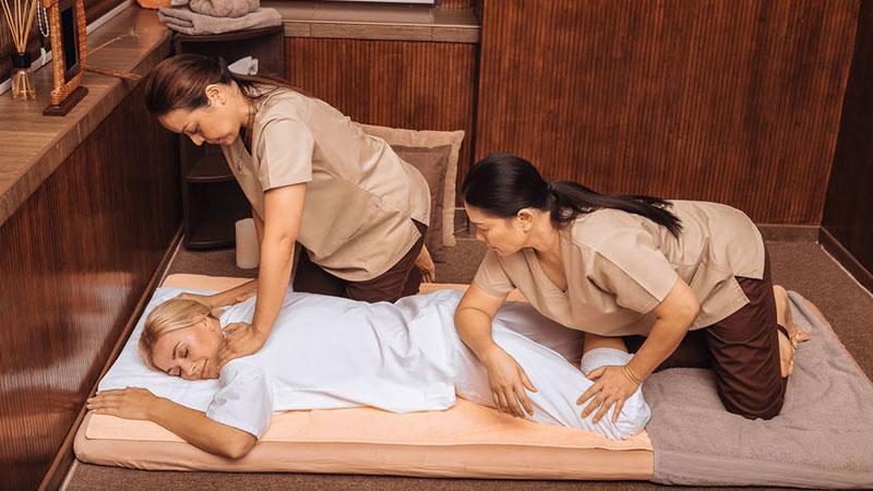 Pranamat Eco Akupressurmatte greift das Prinzip der traditionellen Akupressur auf