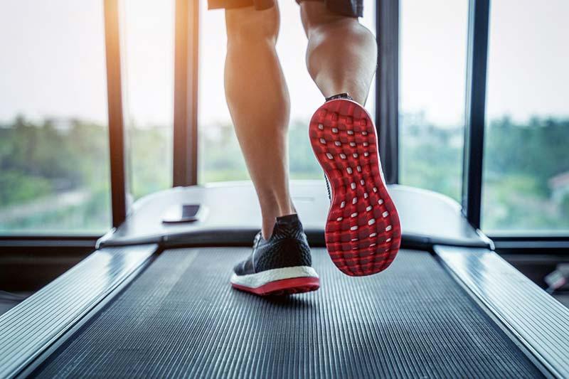 Laufen auf dem Laufband