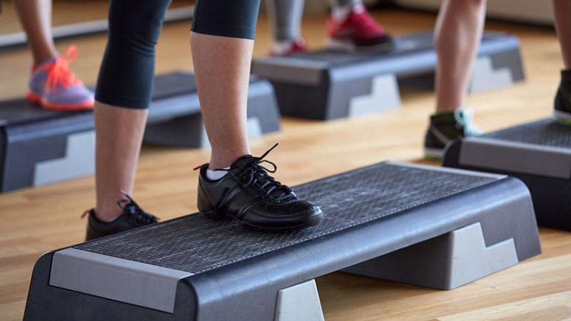 Step Aerobic Schuhe