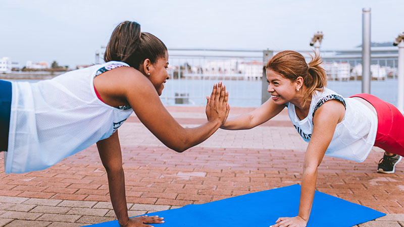 Fitness Trainingsplan - Ganzkörper Trainingsplan oder Split